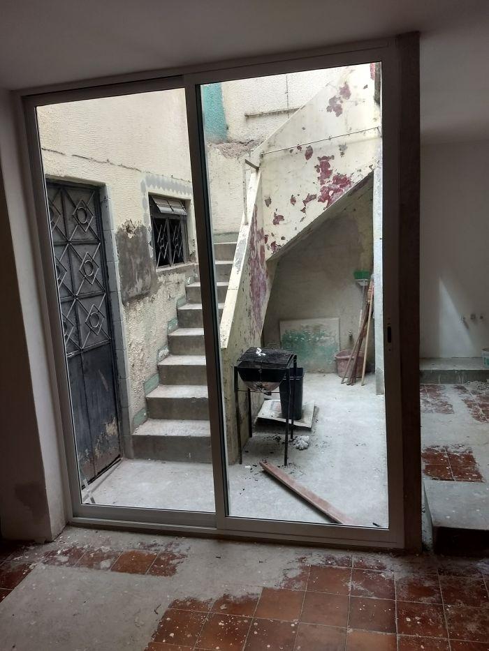 Instalaci n de ventanas corredizas aluminio y vidrio adr for Ventanales de aluminio zona sur